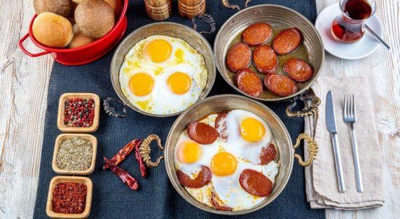 sucuk breakfast